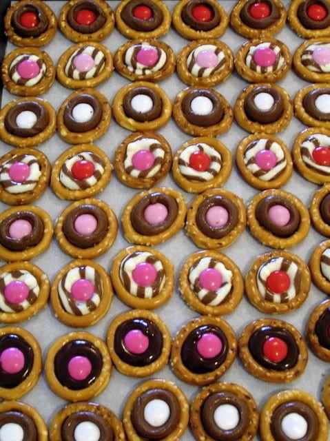 Valentine's Day Pretzel Buttons