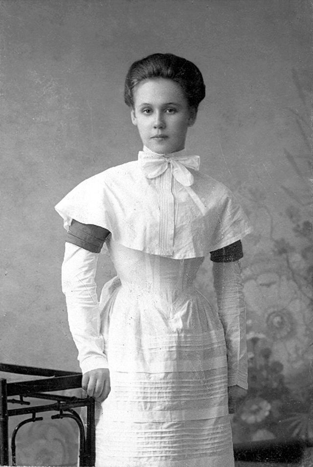vintage everyday: 24 Vintage Portrait Photos of Russian Teen Girls from the  1900s