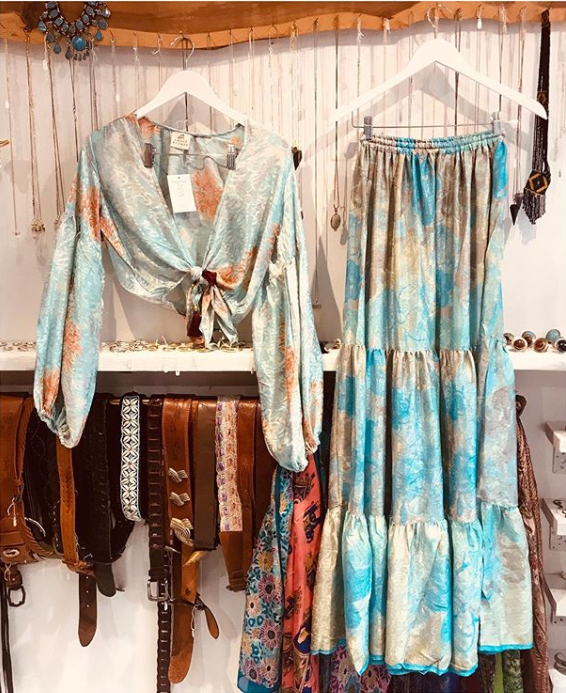 Three Words Oh My God New Styles In Vintage Clothes Shop Ladies Vintage Clothing Vintage Clothing Boutique