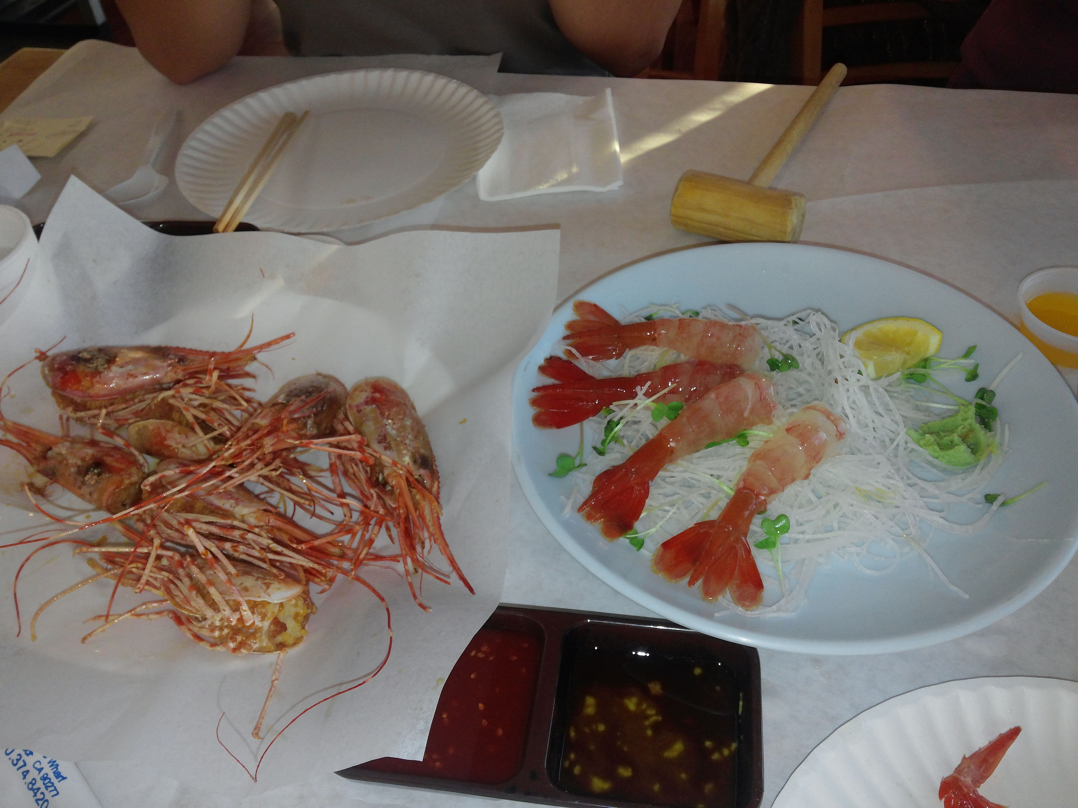 Raw Shrimp Sushi And Fried Shrimp Heads Crabs And 매운탕 At