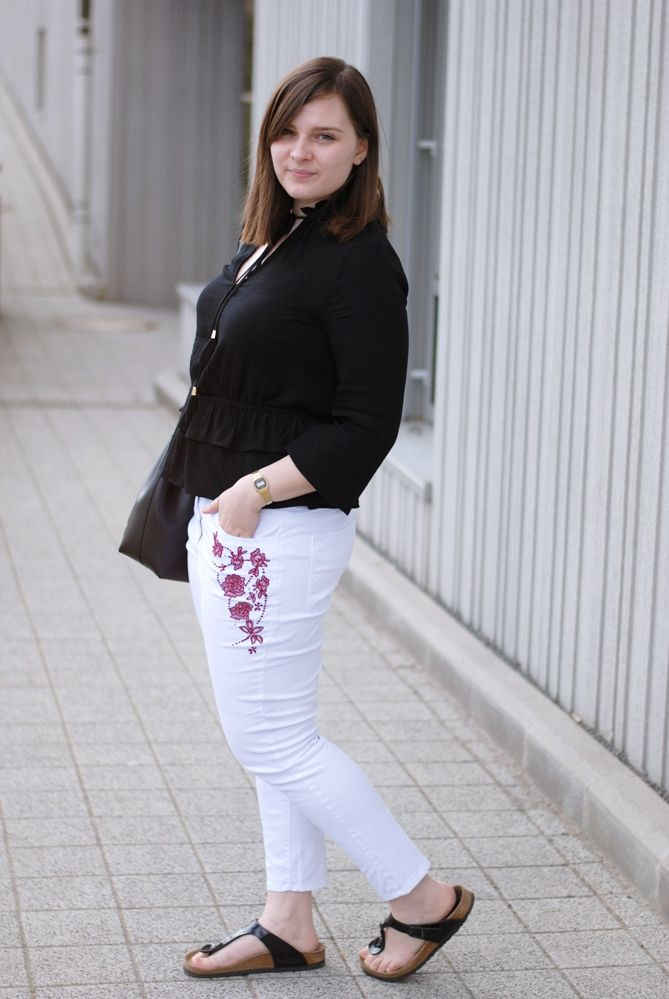 13db6f03a055 Clothes   Camera - Luxembourg Fashion and Beauty Blog  Outfit  Frilled…