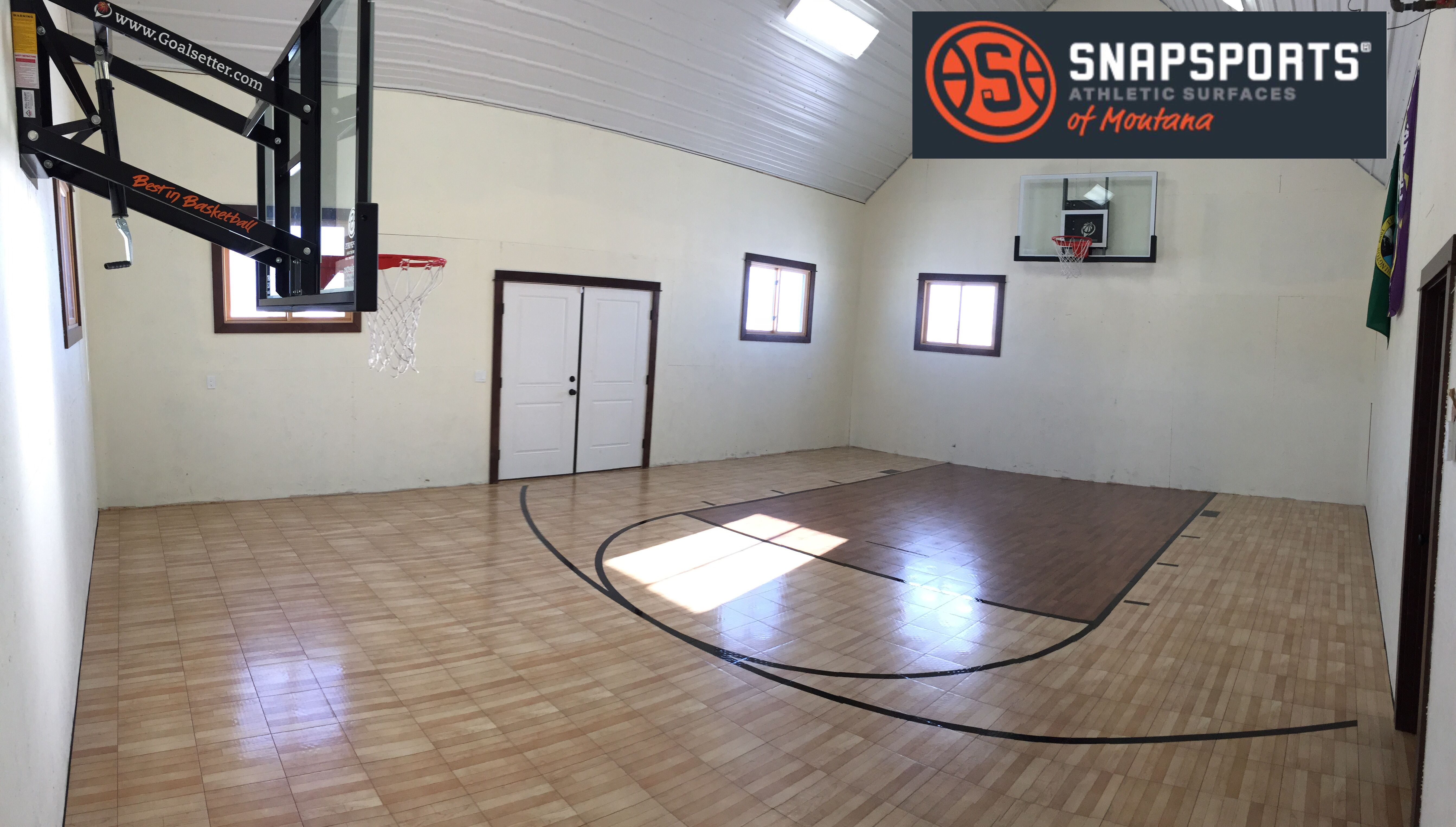 This Outbuilding Was Transformed Into An Amazing Home Gym With Snapsports Athletic Flooring And Hoops At Home Gym Backyard Games Home