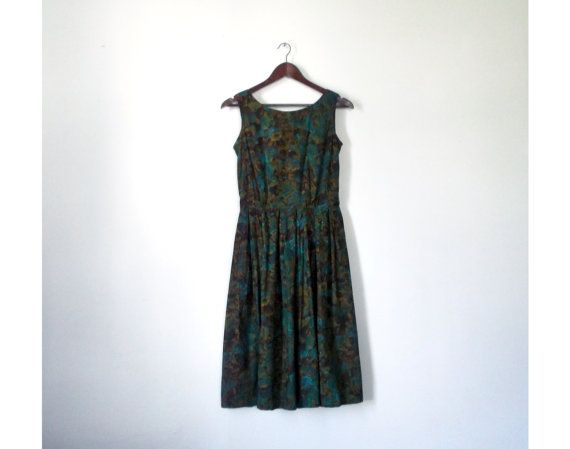 Vintage 1950s Dress / Tea Length Peacock Abstract Floral Print Fit 'n' Flare Dress - Small / Medium