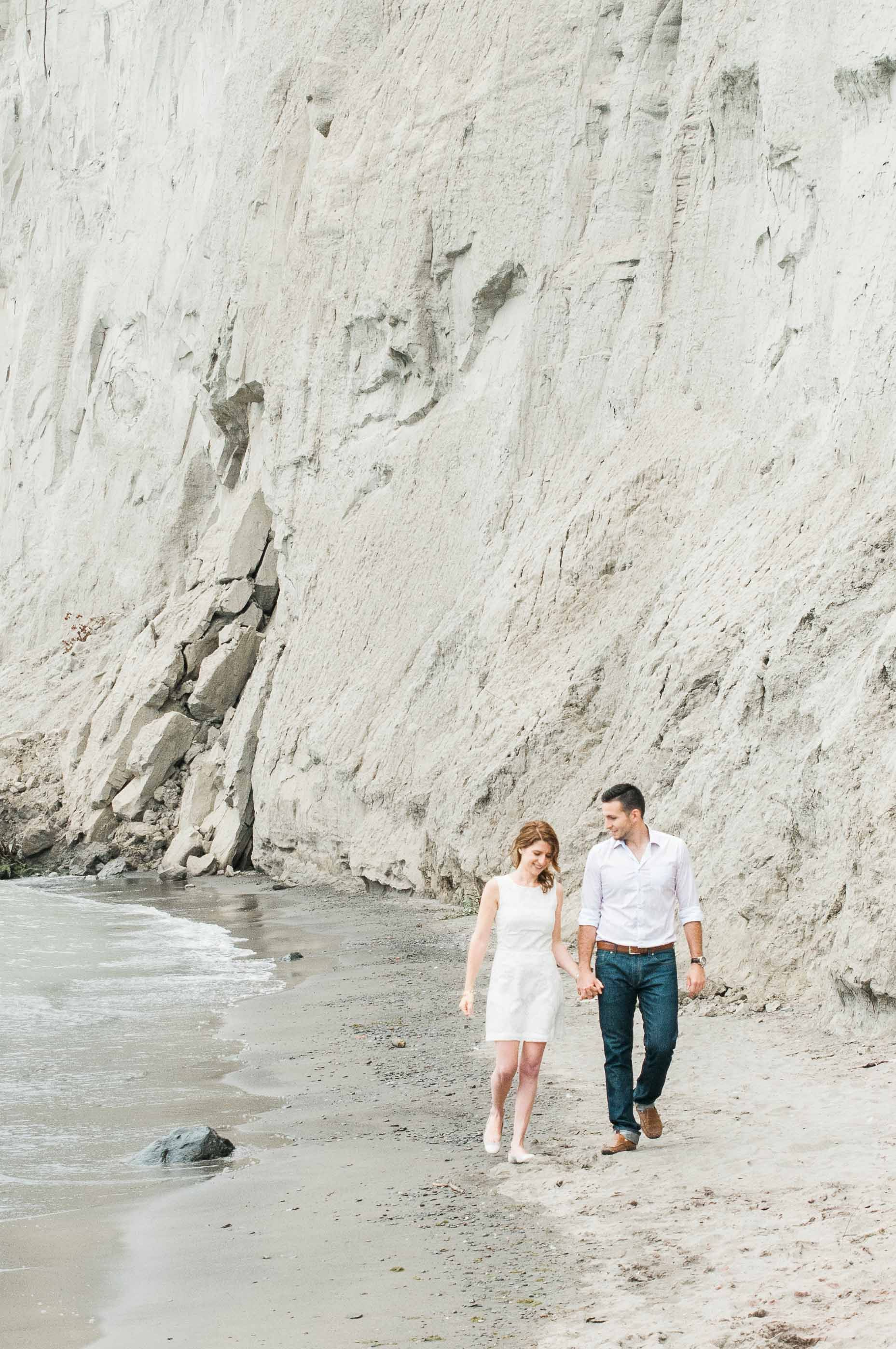 Scarborough Bluffs engagement session. Engagement Photography ...