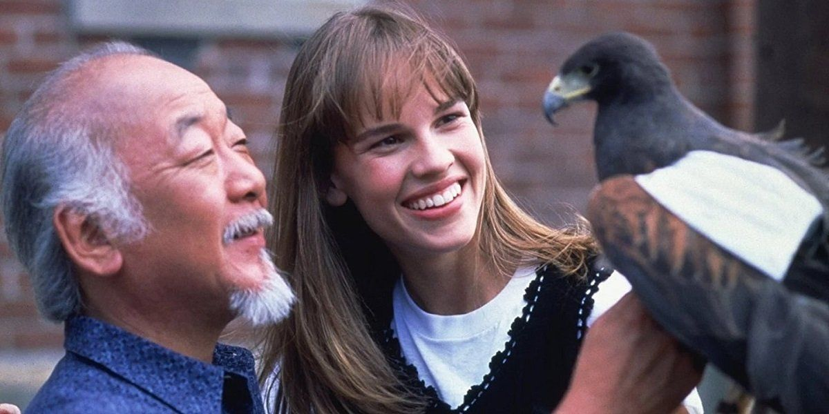 Cobra Kai S Writers Have Spoken About Hilary Swank S Julie Pierce Coming To The Show Tv Premiere Reality Television Karate Kid