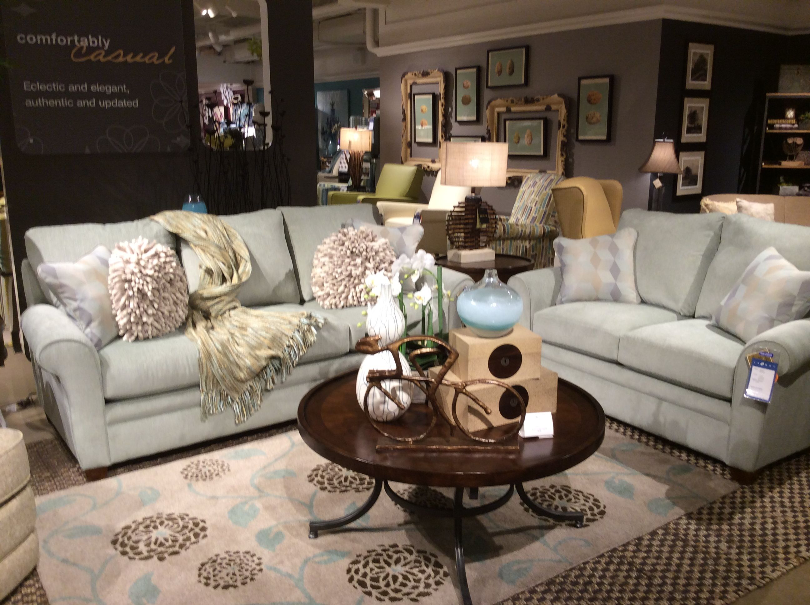 Homerun The New Fabric On La Z Boy S Collins Sofa Frame In The