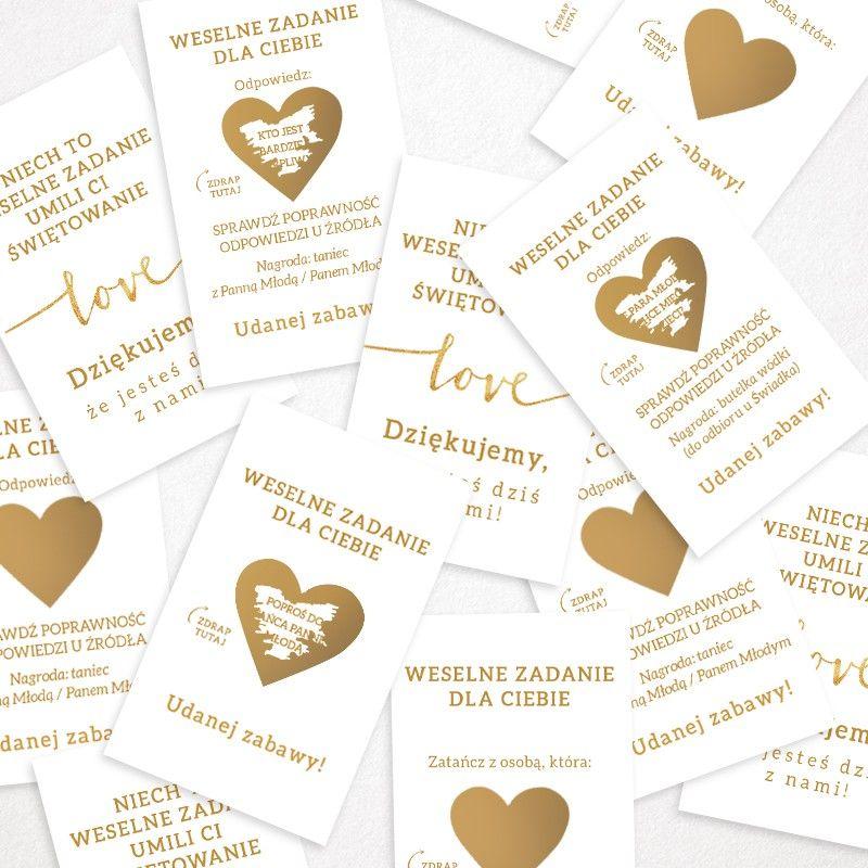 Rewelacyjna Zabawa Dla Gosci Weselnych I Jednoczesnie Wspaniala Pamiatka Dla Kazdego Z Najblizszych Obecnych Na Uroczyst Place Card Holders Place Cards Wedding