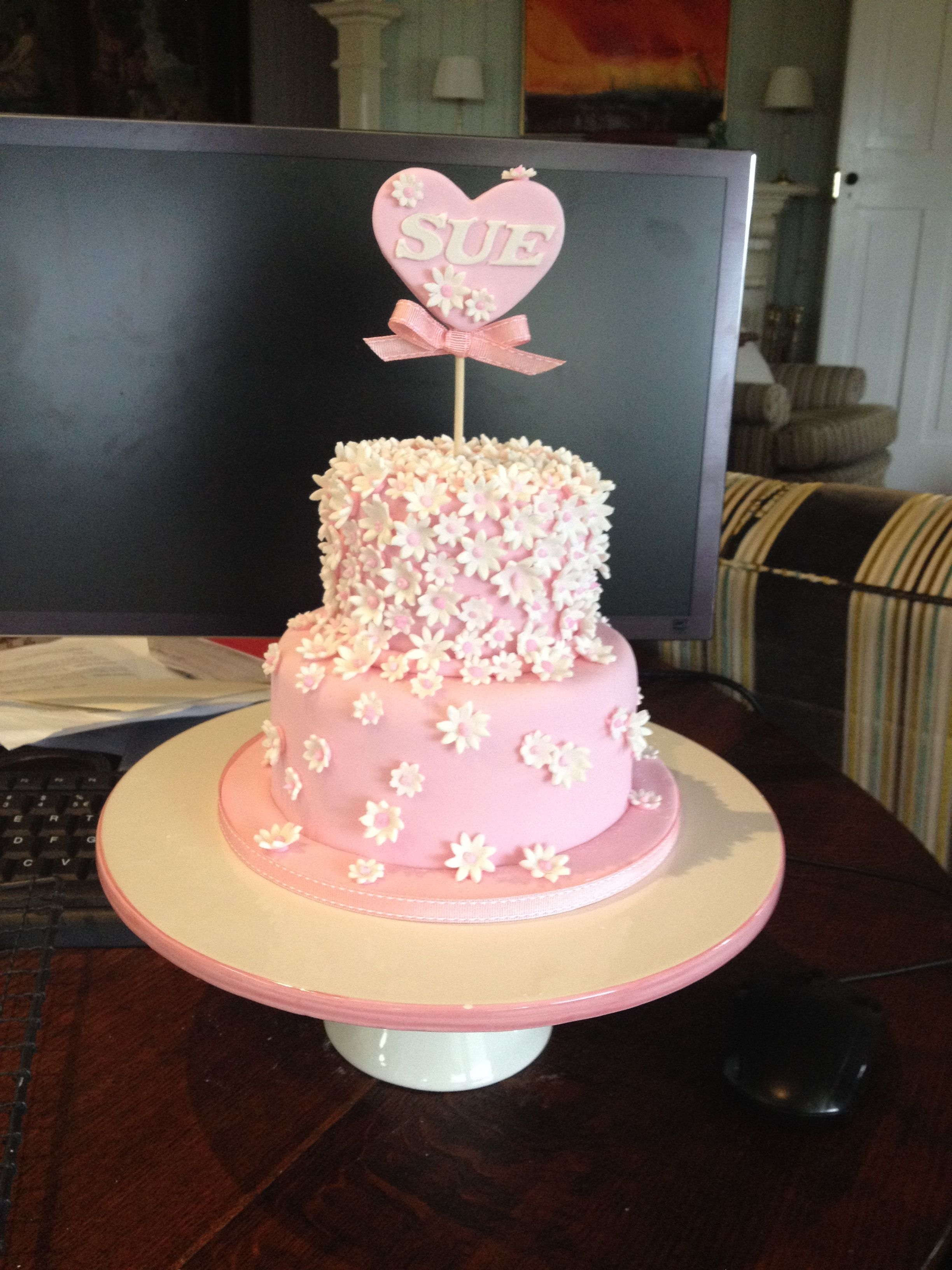Pink Cake With Flowers And Heart Cakes Pinterest Cake Flowers