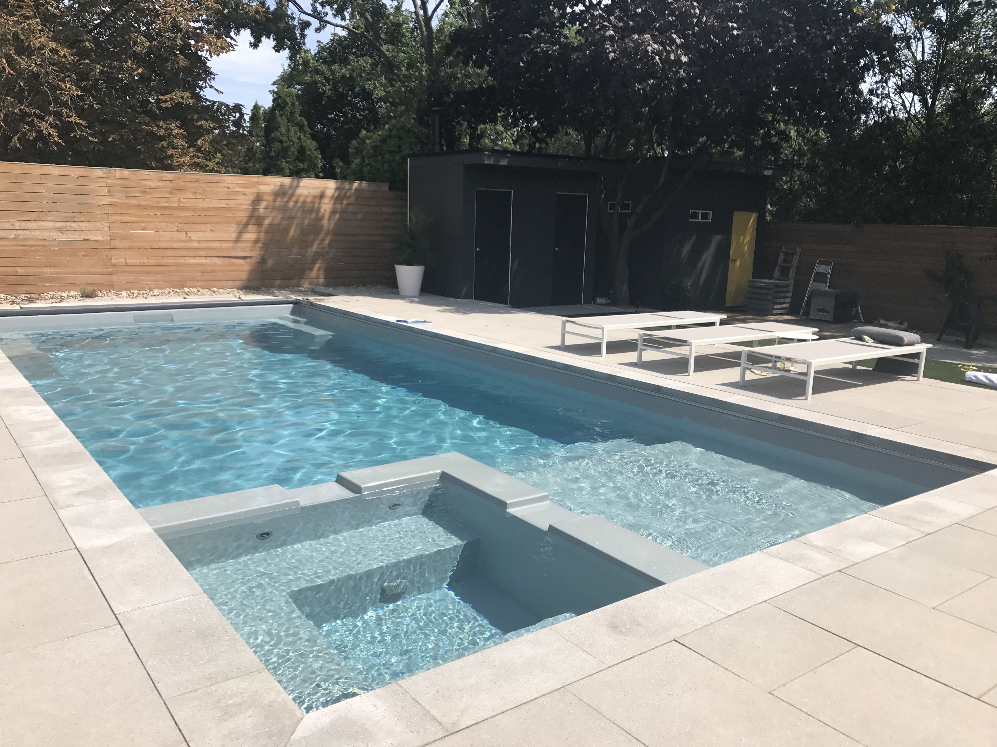 permacon city slab in sterling grey and ultimate fibreglass glass