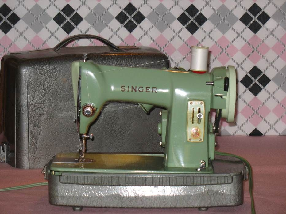 Singer 40 Front View Main 40 Sewing Machines Pinterest Cool Sewing Machines With Stitch Regulator