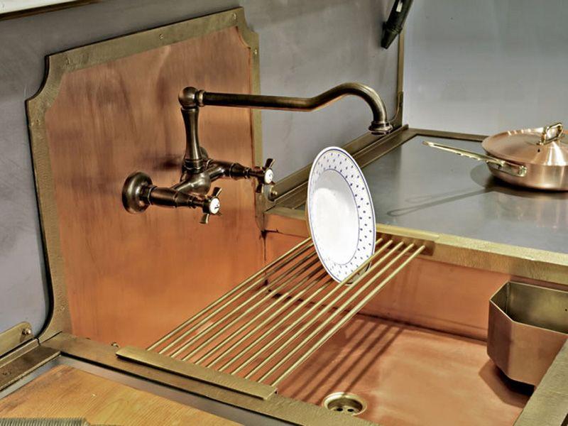 Old styled brass sinks | Mutfak + Banyo + Kiler + Giyinme Odası ...