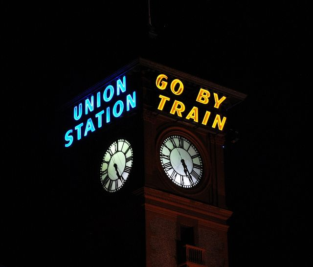 Union Station neon sign, Portland, OR.