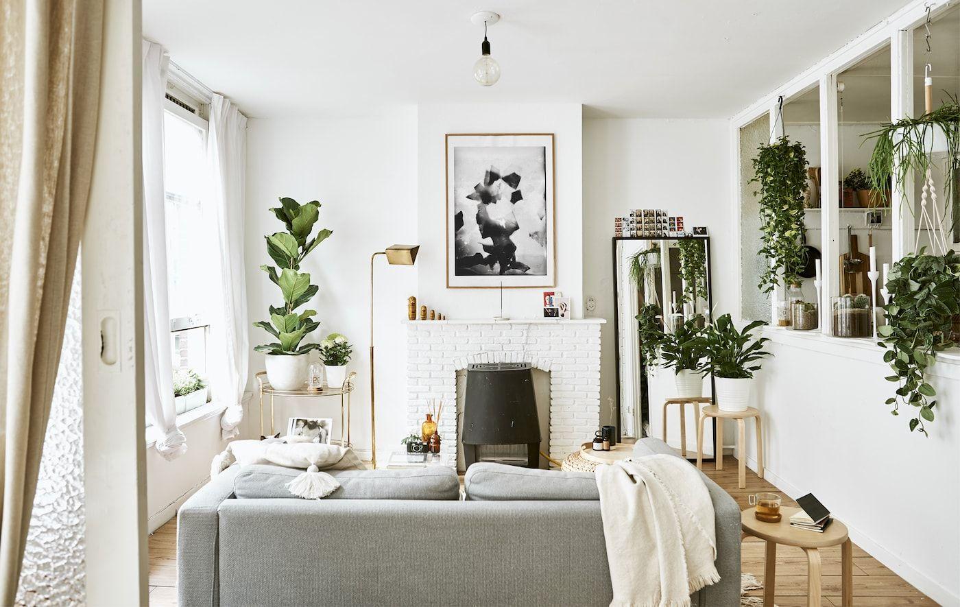 Wizyta W Miejskiej Kawalerce Ikea Small Spaces Small Spaces Minimalist Living Room Decor