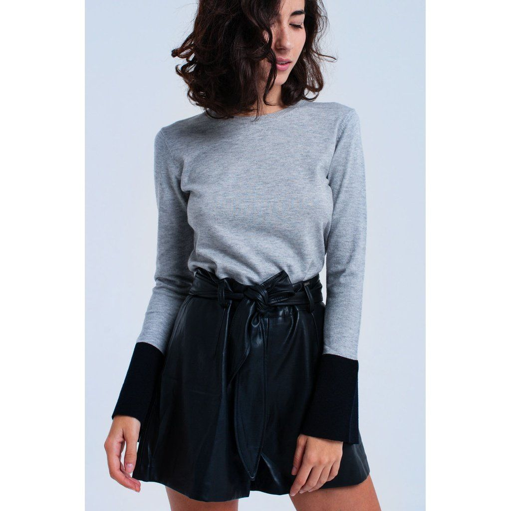 Gray Sweater In A Soft Woven. It Has Crew Neck, Long