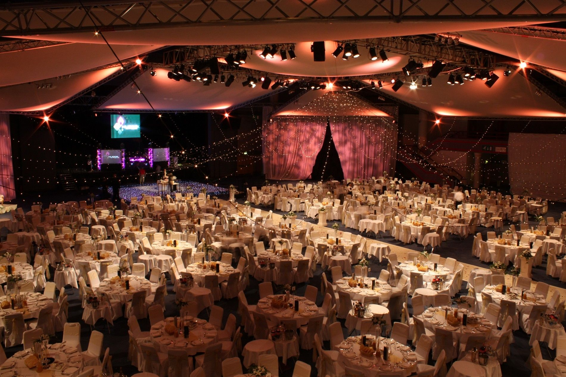 The International Convention Centre Icc Located In Center Of Birmingham Offers Superb Surroundings And Excellent Service Venue Features Ten