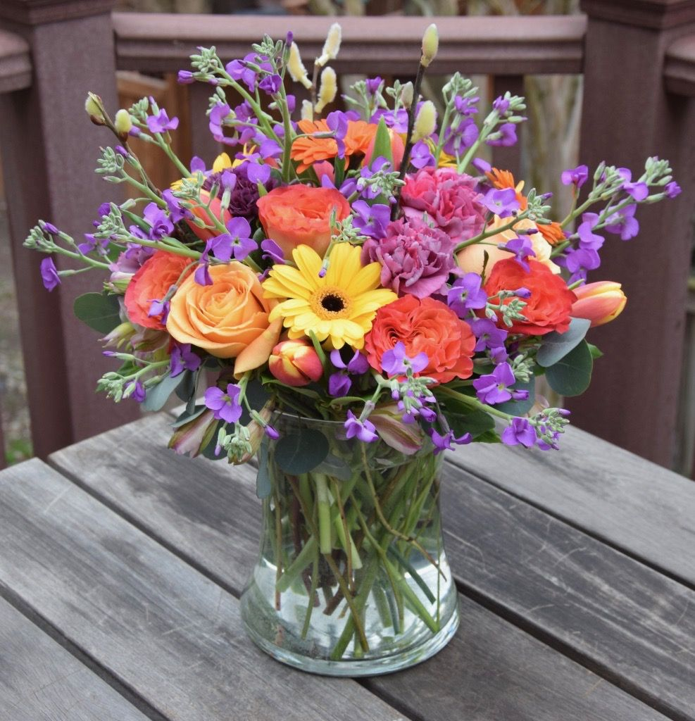 Flower Arrangement In Bright Cheerful Colors Fresh Flowers Arrangements Flower Arrangements Memorial Flowers