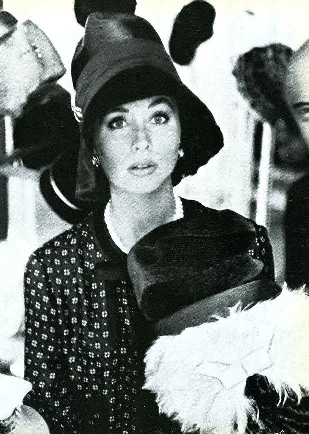 Suzy Parker, photo by Henry Clarke, Vogue 1962