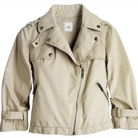 Alexander Wang for Gap cropped trench Cotton trench with moto details. Worn a few times. Small stain on arm, can be removed at cleaners. Priced to sell GAP Jackets & Coats Trench Coats