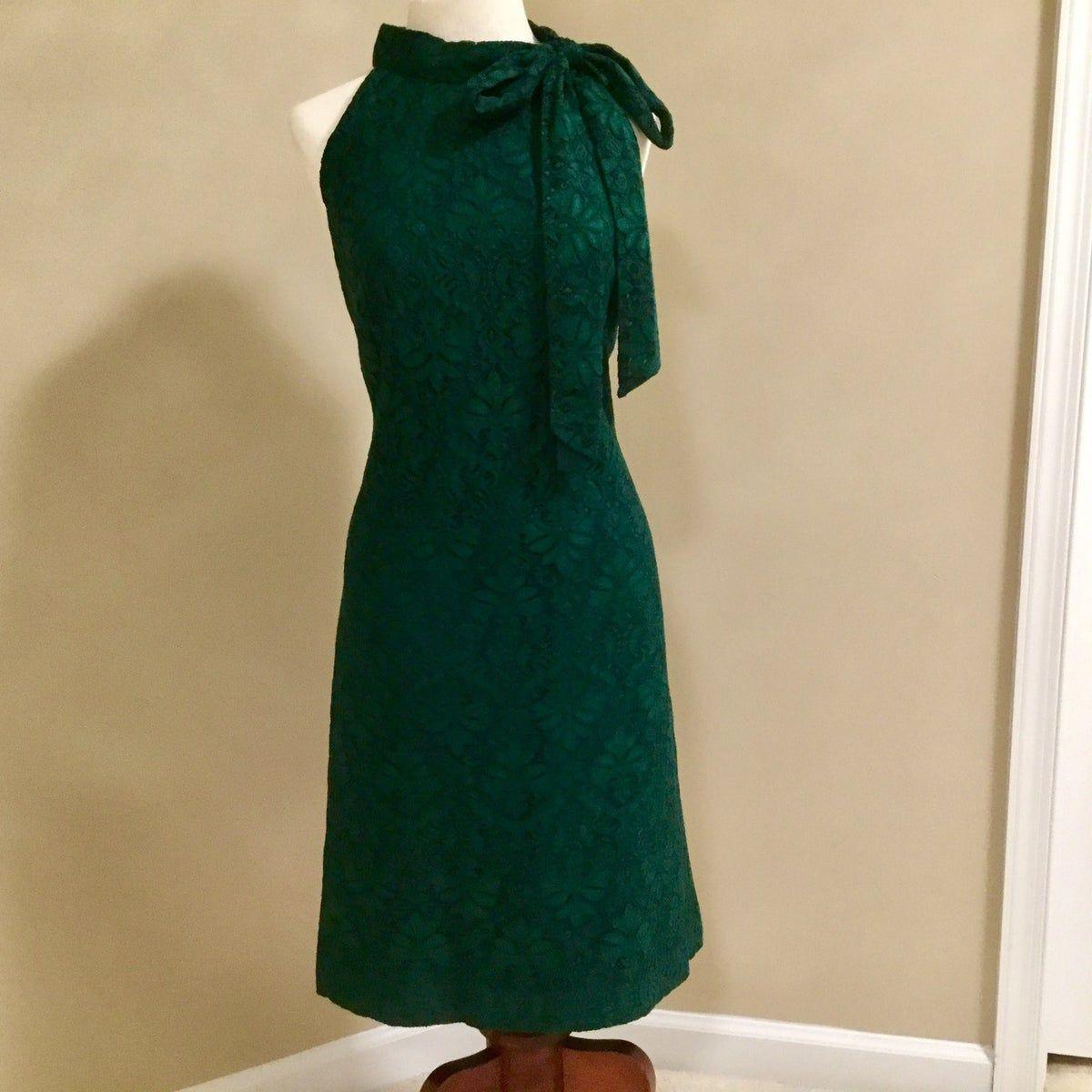 Green Halter Lace Vince Camuto Dress On Mercari Dresses Halterneck Dress Lace Dress [ 1200 x 1200 Pixel ]