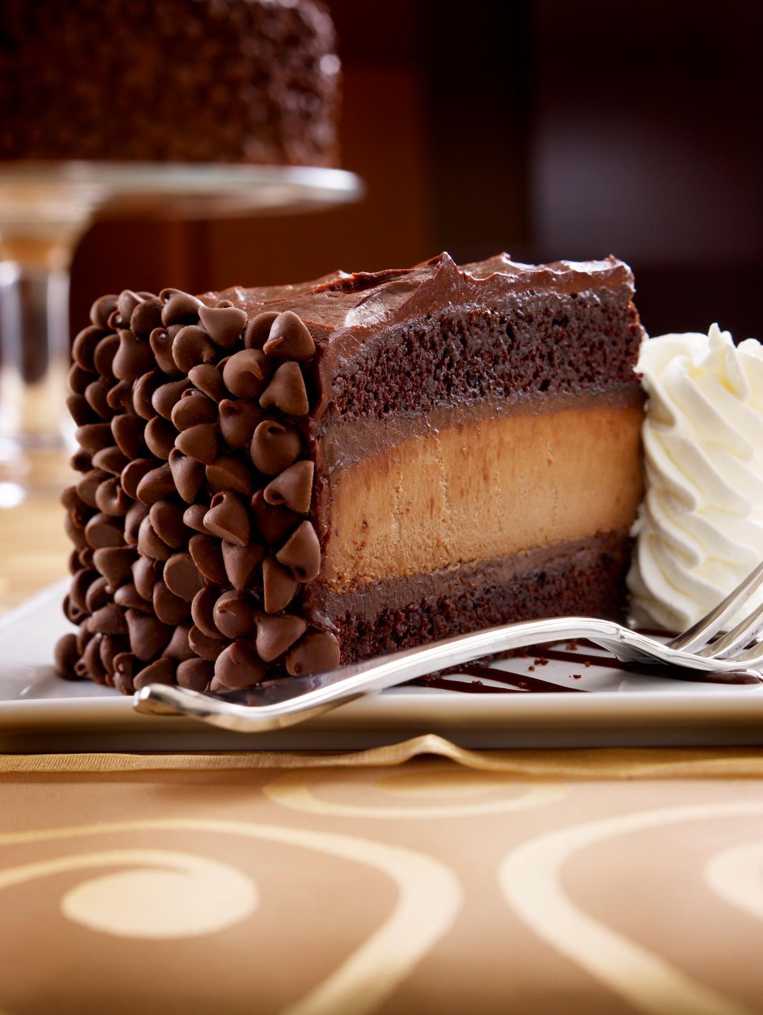 cheesecake factory chocolate cake nutrition