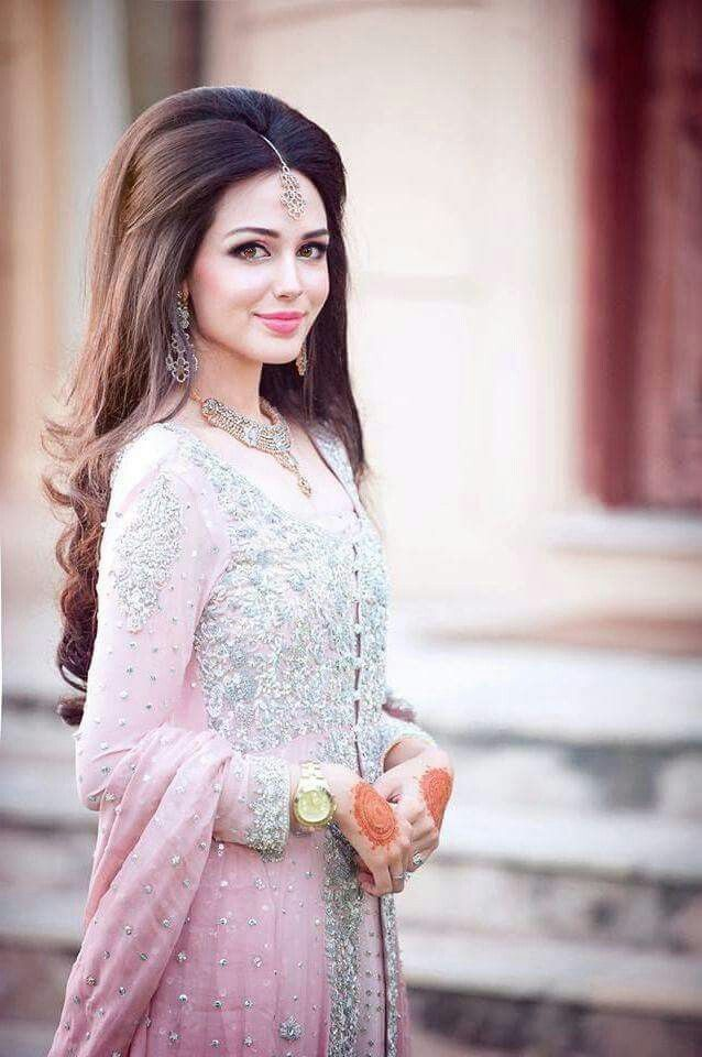 Pin By Sara Khan On Hair Styles And Accessories In 2019 Wedding