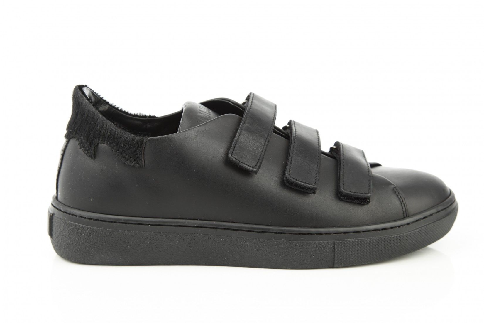 Black sneaker - Fiamme. Available in our store and online shop!
