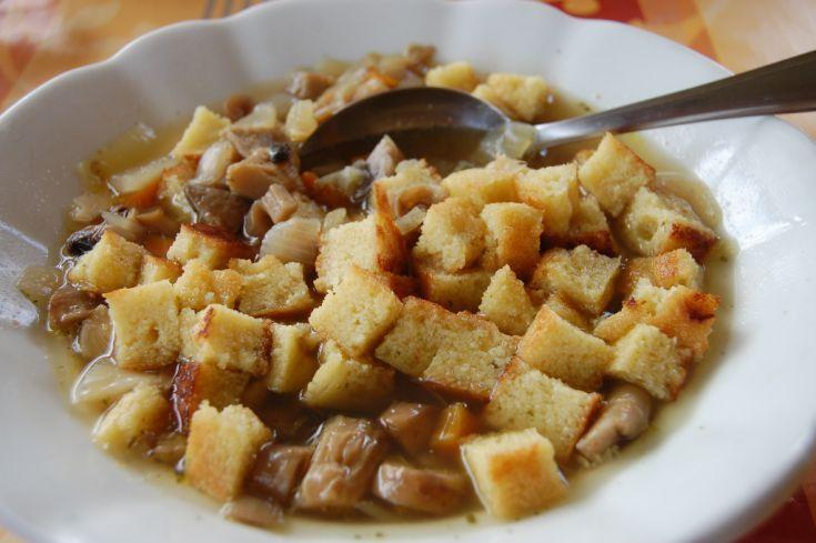 Fotorecept: Hlivovo-šampiňónová polievka