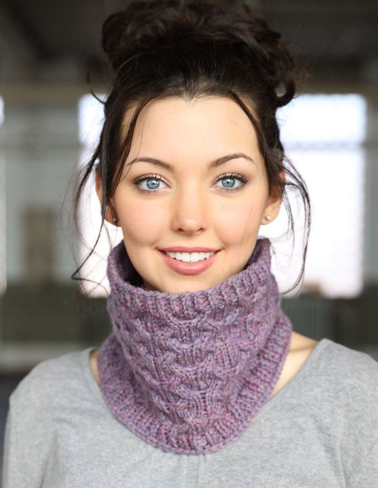Cabled Cowls In Plymouth Yarn Tuscan Aire F725 Downloadable Pdf
