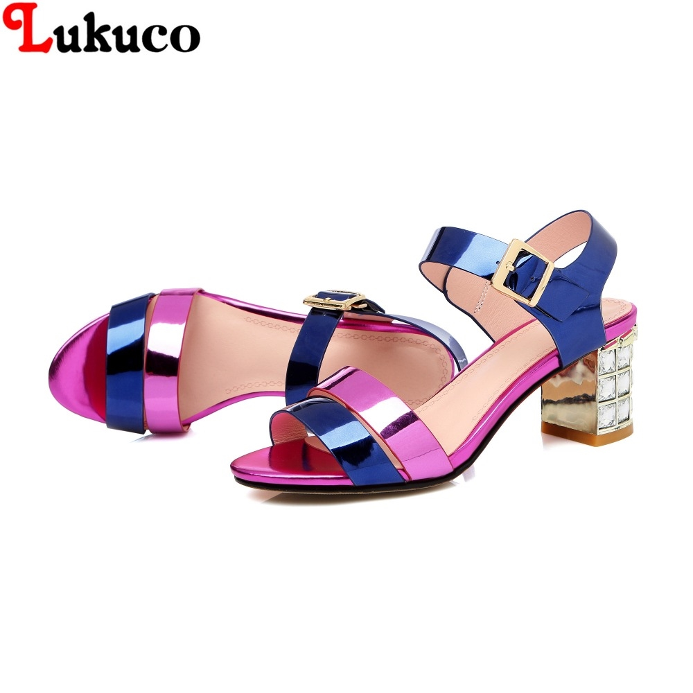 74.46$  Buy now - http://alip1k.worldwells.pw/go.php?t=32654956360 - 2016 NOVELTY style full grain leather women sandals plus size 40 41 42 43 44 45 genuine leather lady summer shoes Free Shipping