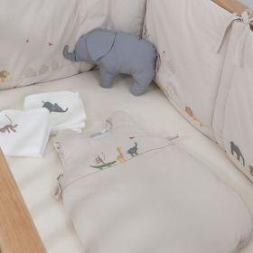 tour de lit petit safari textile de chambre bebe natalys tour de lit pinterest chambre. Black Bedroom Furniture Sets. Home Design Ideas