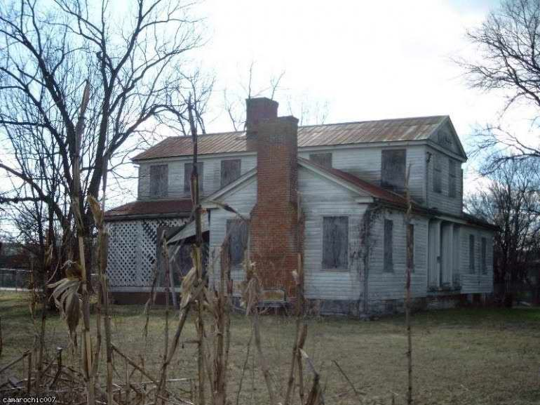 1850 greek revival sevierville tn haunted houses for