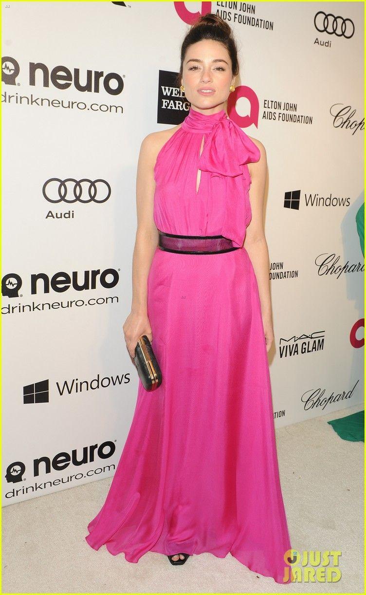 Kaitlyn Dever - 2014 Elton John Oscar Party