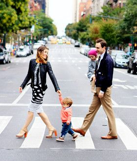 Family photo idea rockstar diaries unique ideas for Urban family photo ideas