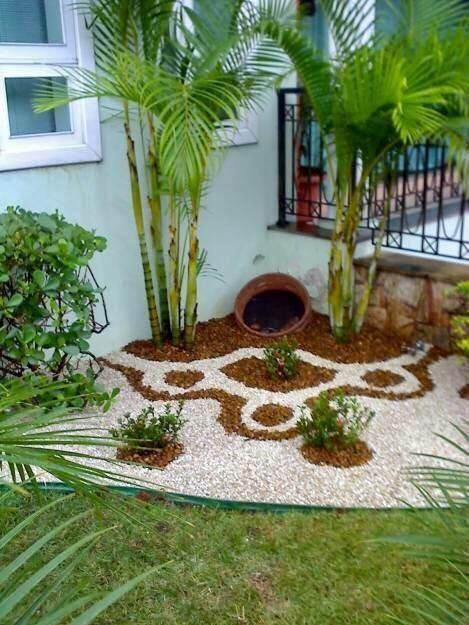 Decoraci n de jardines con piedras de colores by for Como decorar un patio con piedras