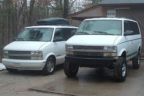 Stock Astro Next To Astro With 8 Lift Astro Van Chevy Astro Van 4x4 Van