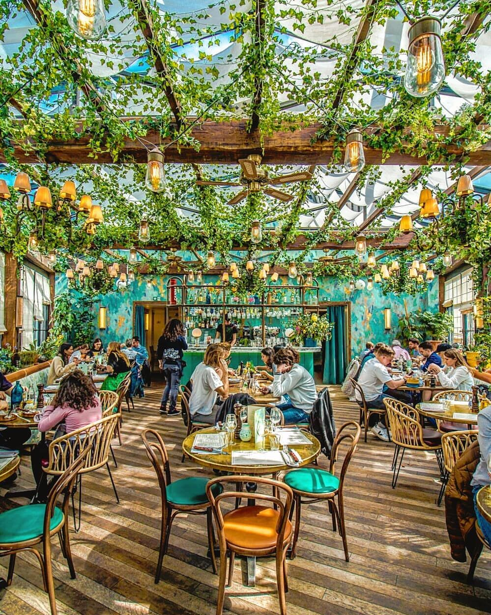 Can You Believe This Cute Spots Are From A Restaurant In The