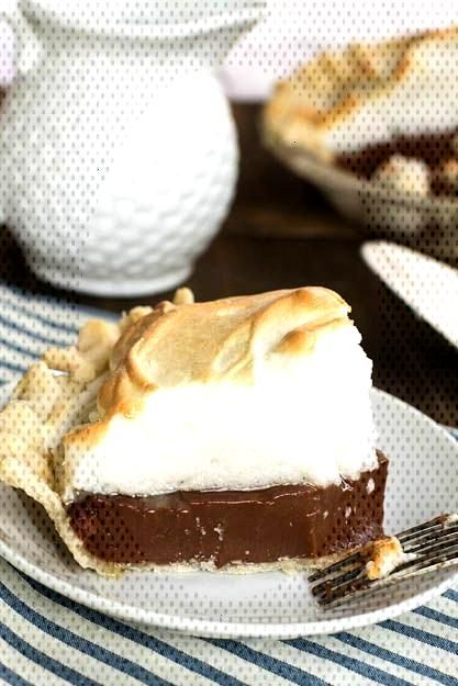 Food Photography - Old-Fashioned Chocolate Meringue Pie Food Photography - Old-Fashioned Chocolate