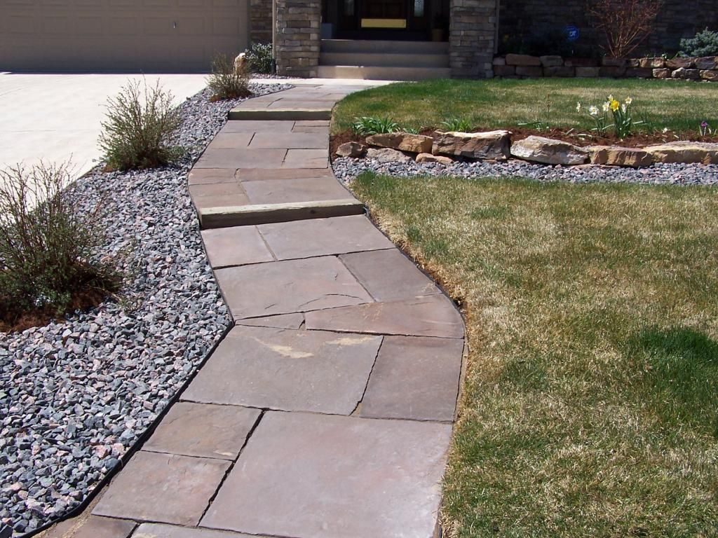 Delightful Paving Stone Walkway Ideas   How Can You Make Your Stepping Stone Walkway  Beautiful?
