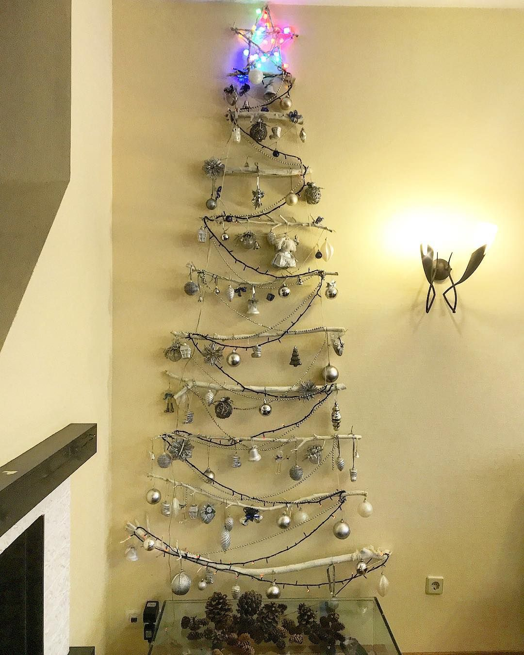 Elka Elka Podelki Na Novyj God Trend Svoimi Rukami Kreativnayaelka Ceiling Lights Decor Chandelier