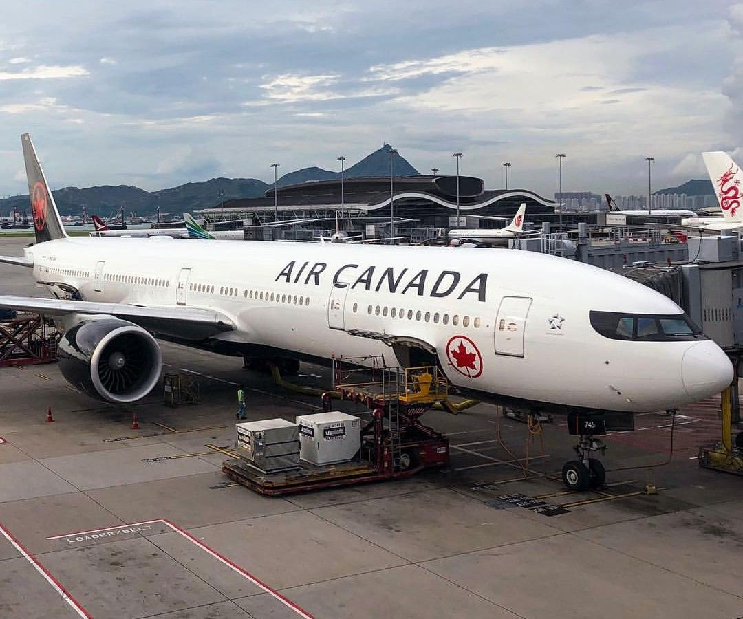Air Canada Boeing 777-300er New livery | Aviation | Boeing