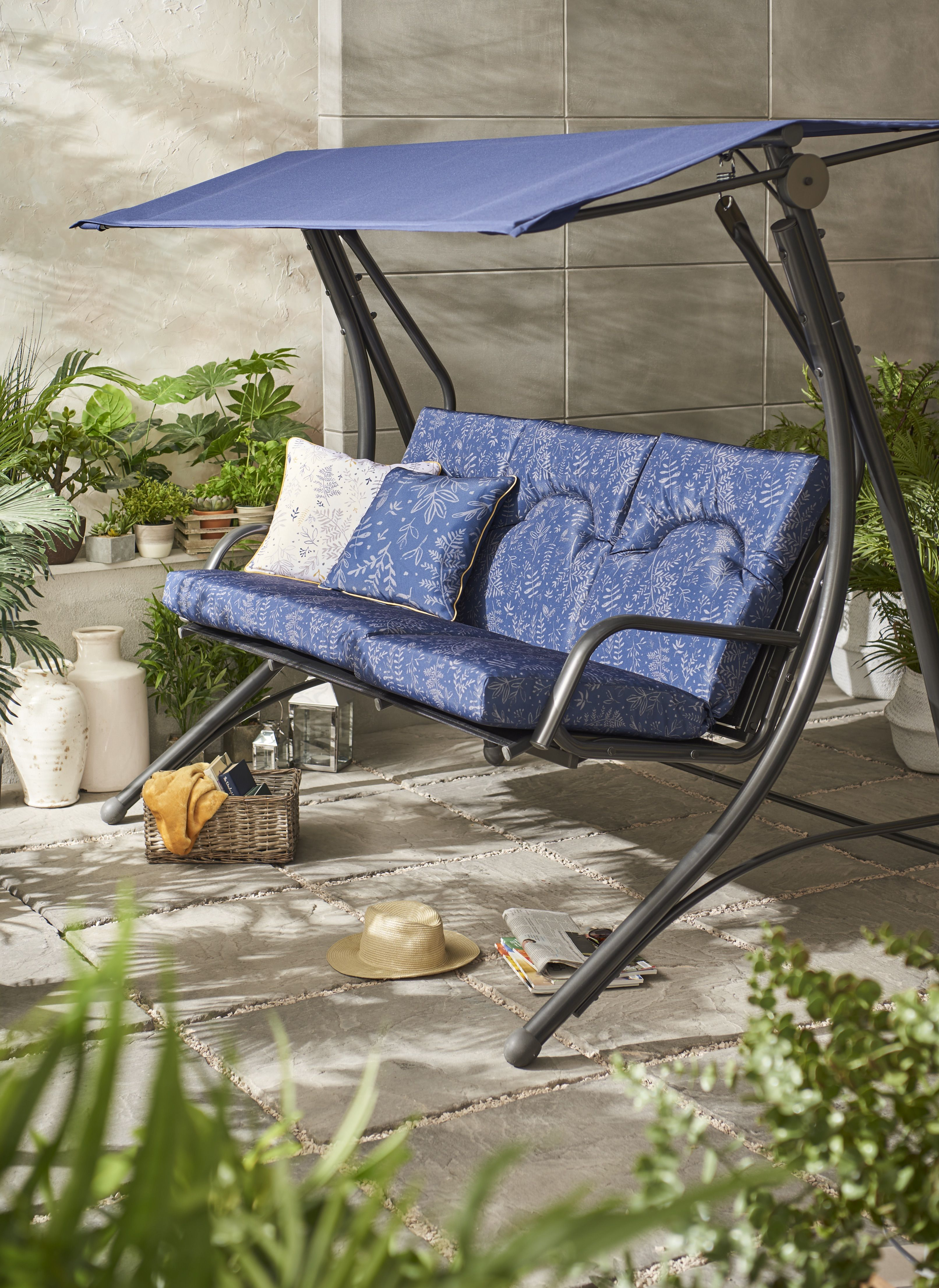 Pleasing Venice Padded Three Seater Garden Swing Outdoor Chairs Lamtechconsult Wood Chair Design Ideas Lamtechconsultcom