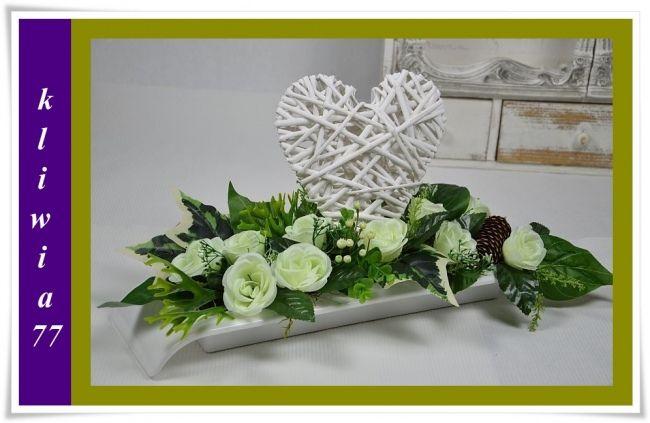 Kompozycja Serce Z Aniolem Stroik Na Grob Kwiaty 5690513256 Oficjalne Archiwum Allegro Black Flowers Flowers Funeral