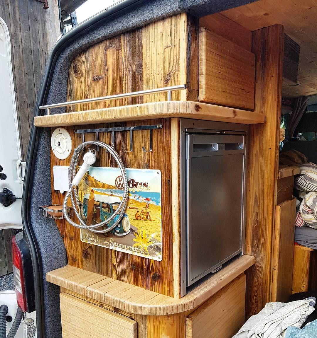 pin von cs cs auf camper camper camper umbau und wohnmobil. Black Bedroom Furniture Sets. Home Design Ideas
