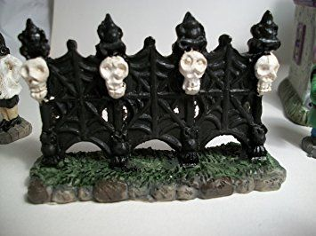 Amazon.com: Tombstone Corners Monster Station Set #3 Halloween ...