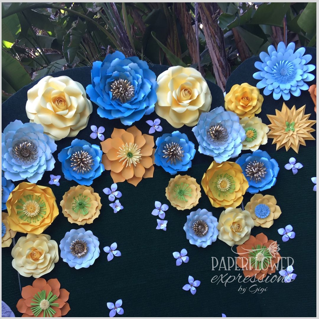 Shades Of Yellow And Blue Sweet Touches Of Green White And Gold