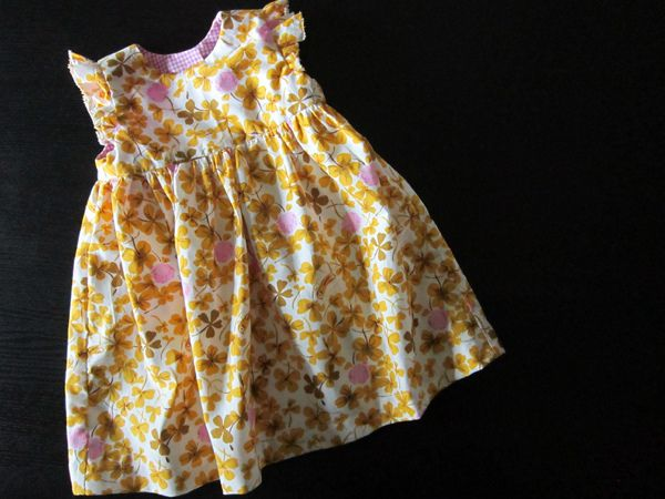 a7ccae342f9a geranium dress. VERY easy to sew. Free pattern for newborn size ...