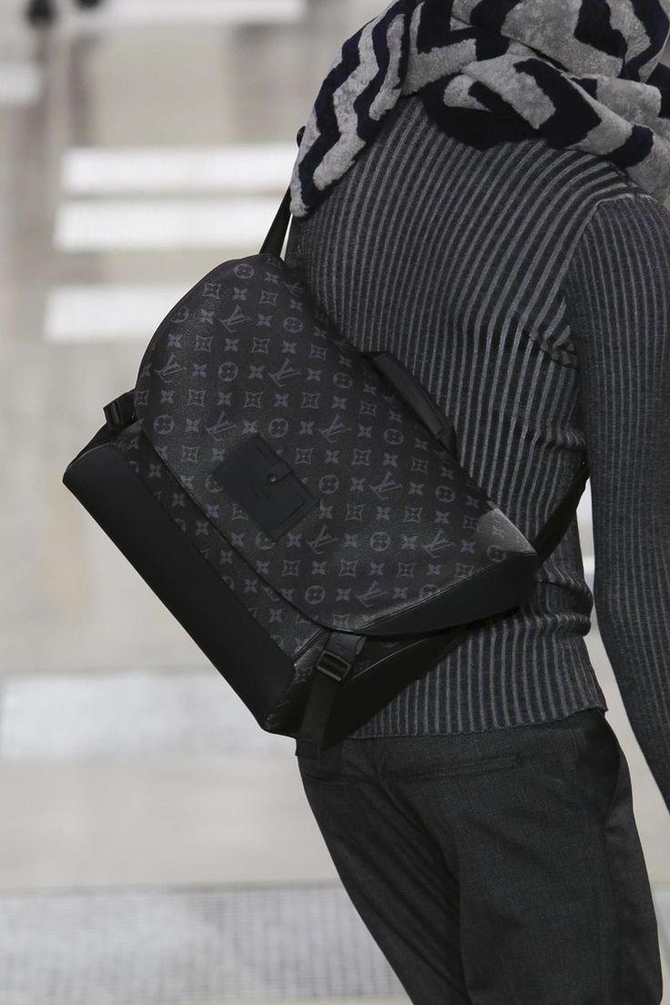 Louis Vuitton Menswear Fall Winter 2016 2017 Paris - ladies shoulder bags ebb07a3ca5647