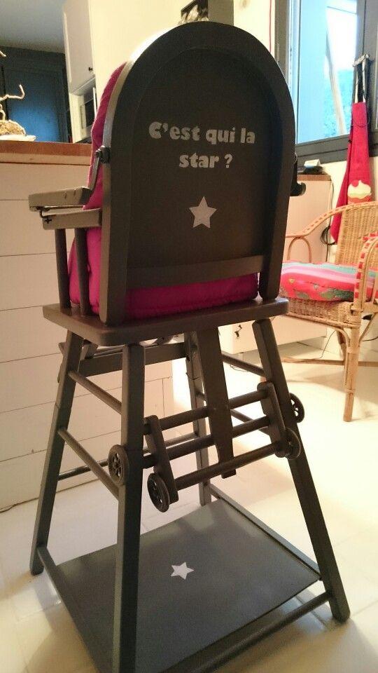 Je Suis Prete Relooking Chaise Bebe Bois Meuble Peint Peinture Pochoir Citation Chaise Bebe Chaise Haute Chaise Haute Bois