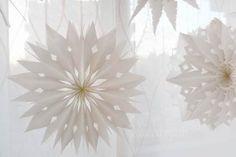 Sterne aus Papiertüten