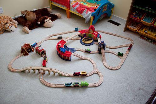 Train track elements used: Chuggington Double Decker Roundhouse ...